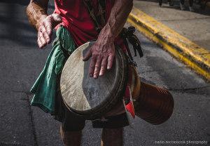 Nagyszerű afrikai hangszer a djembe
