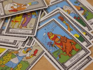 Jóslás Tarot kártyából