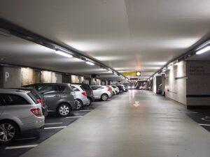 Parkolás fedett helyen