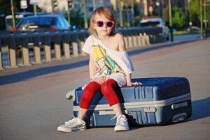 Fedélzeti táska, bőröndök